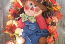 Scarecrow & fall decorations / by Donna Gallup