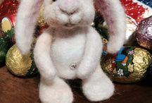 Felted bunnies