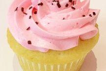 Przez żołądek do serca / Co ugotować, żeby się spodobać? Dania dla dwojga, idealne na randkę. Pyszne desery, słodkie ciasta i wyjątkowe potrawy na ciepło.