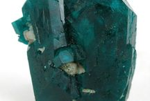VVS Beauty of Gemstones + Crystals / Beautiful gemstones, rough cuts, crystals and minerals delightful to our eyes!
