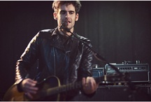 Music in photography / Great photographs of musicians/bands.