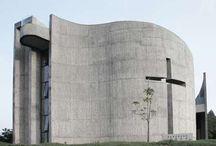 Moderní církevní architektura