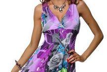 Dámské kratší letní šaty s krajkovým detailem ramínek v zadní části