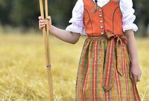 Mode für Mädchen / Handgefertigte Designermode für Mädchen.