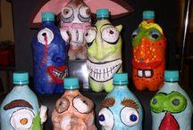 Maskers van wasmiddel flessen