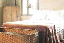    antiques - baskets   