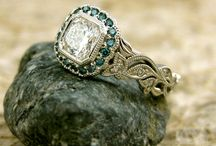 Bling blind and jewelery / ..