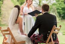 Readings for weddings / Find the perfect words to share on your special day