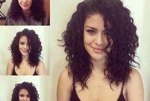 Hullámos frizurák