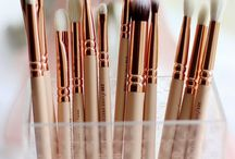 #makeup#rosegold#brush