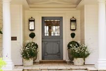 Design/Courtyards and Entryways/Exterior / by Mary Frydenberg