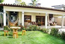 casa branca de varanda