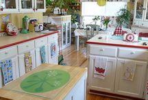 Happy Kitchens / by Ruth Warwick