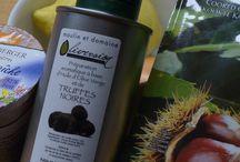 Trüffelöl - Rezepte / Wo verwendet man Trüffelöl? Das werden wir immer gefragt? Nun, für Trüffelöl gibt es ganz tolle Rezepte. Und die vielen Trüffelöl-Liebhaber geben gerne ihre Tipps weiter. Heute gibt es das Rezept für eine Maronensuppe mit Trüffelöl, als uns beim letzten Weihnachtsmarkt eine Kundin eines ihrer Rezepte  verraten hat.