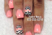 nails / by Mariyum Mansoor