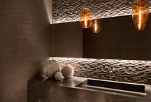 Interior/powder room