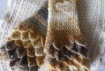Fingerless gloves hand crochet