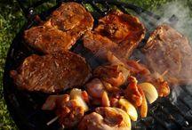 Czas na grilla / W letnie, słoneczne dni nie a nic lepszego niż grill na świeżym powietrzu. Skorzystaj z naszych przepisów i zobacz, jakie pyszności można przygotować!