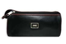 Men's Travel Accessories / Pouches & kits for toiletries & personal care.