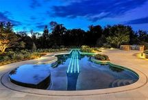 Luxury Guitar Swimming Pool / Guitar Shaped Swimming Pool - Interior Luxury Guitar Pool Design