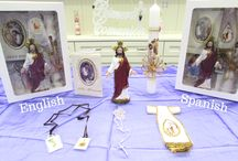 First Communion Gift Sets / Communion gift sets for boys or girls, in English or Spanish.