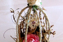 Altered bird cage / Who doesn't love bird cage? You don't have to put real bird inside, just altered them for your home decor!