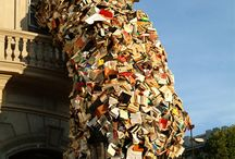 Book Art Sculpture / Art made from books.  Not just altered books.http://www.grahamhay.com.au/paperartists.html