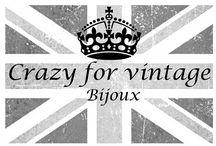 """Crazy for vintage UK / Spazio riservato a """"Crazy for vintage UK"""" colleziono e vendo bigiotteria e gioielleria d'epoca e vintage americana e inglese da fine 800 agli anni '70.  Vasto assortimento per ogni tasca. Contatti crazyforvintageuk@gmail.com o Facebook Crazyforvintage"""