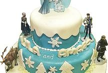 Frozen Cakes For Girls / Imaginative Frozen cake designs and ideas including Elsa the snow queen, Anna, Olaf, Sven, Christoff and Hans. Probably some of the prettiest Frozen cakes around, created and inspired by Disney - who else!