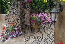 Bahçe Dekorasyonu / Sadece Çiçekler Yetmez