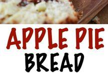 warm apple  pie  bread