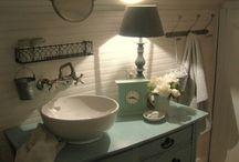 Store bathroom ideas / by Wilma Galvin