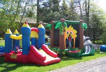 Jeux Gonflables - Inflatable Games / In our part game rental catalog, you will find inflatable play structures such as Party Castle or an inflatable bird for little ones.  Visit one of our three Montreal area outlets: Pointe-Claire, Saint-Lazare and Saint-Jean-sur-Richelieu and take advantage of our convenient delivery service.   See all our inflatable games below. Please check availability before renting online.