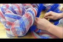 mesh wreath to make