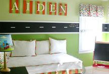 Kids - Nursery/Bedroom/Playroom / by Ashley Gaza