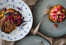 Plantbased Food Photography / A board for all of your and your friends' delicious lookig, beautifully shot plantbased creations. Make sure to only add plantbased recipes to this board.   E-Mail me fannythefoodie@gmx.ch if you'd like to join: fannythefoodie@gmx.ch  -->make sure to include your Pinterest name and e-mail address in the e-mail.