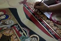 Croce di San Damiano / Croce di San Damiano su legno di tiglio. Altezza 212cm, scritta a tempera all'uovo e foglia d'oro zecchino. Opera su commissione.
