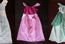 Vestidos princesa,roupas para carnaval,outros...  / by Sandra Guerreiro