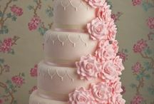 wedding cakes / by Lora Bradshaw