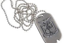 Brigata Marina San Marco - linea Forze Operative Marina Militare / E' la linea di Gadget Ufficiali dedicati alla Forza Operativa Brigata Marina San Marco della Marina Militare Italiana. Potete trovarla sui nostro store: