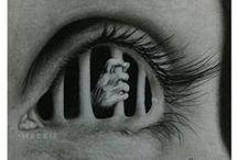 rysunki czarno-biali....