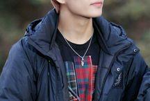 Kim Taehyung / V ♡