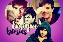 ENRIQUE IGLESIAS. (my collect') / ©LauryRow. / VOIR ICI AUSSI :: https://www.facebook.com/Disneycollecbell-603653689716325/photos/?tab=album&album_id=605372856211075