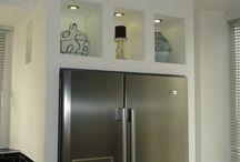 Réfrigérateur Américain intégré / Intégrer un réfrigérateur dans un bâti ou des meubles.