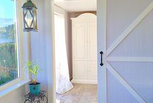 Interior Doors / by Amanda Arnett