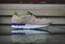 Asics / Где купить обувь Asics?  У нас всегда новые и свежие модели,следите за обновлениями,посещайте наш сайт. Спасибо Спасибо за внимание ;)