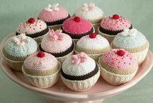 knits cupcakes
