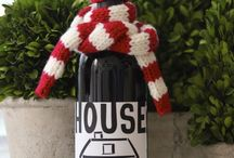Knitted fashion for wine bottle