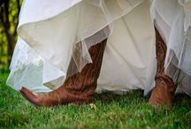 Wedding Ideas / by Ashley Hibbard