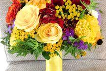 Buchet de mireasa cu dalia si trandafiri galbeni / buchet de mireasa cu dalia si trandafiri galbeni